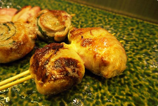 『チキンチーズ』チーズがあふれてきて美味しい!