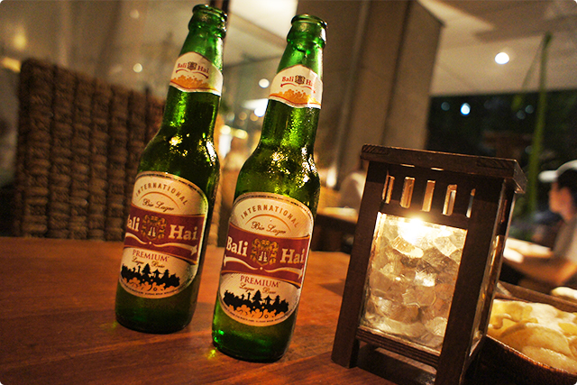 We got Bali beer to start the dinner!♪