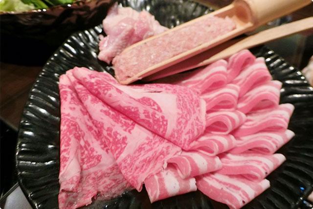 和牛ロース、国産豚バラ、軟骨つくね、鶏もも肉