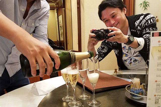 シャンパンに喜ぶのんさま