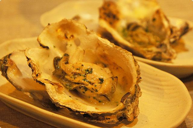 牡蠣の『香草バター焼き』¥490(1個)