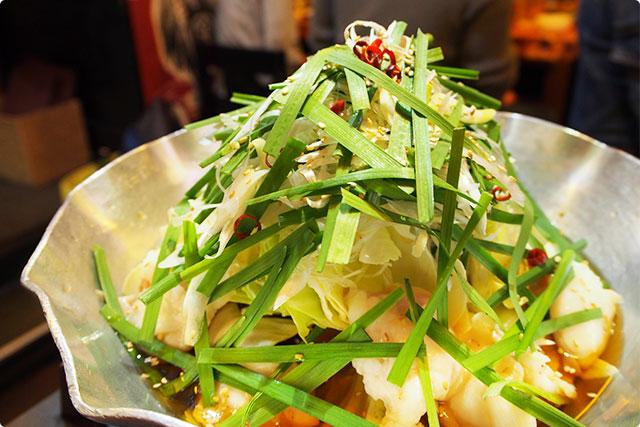 野菜たっぷりの『焦がし醤油 和牛もつ鍋』野菜たっぷりっていうのが本当にうれしい!