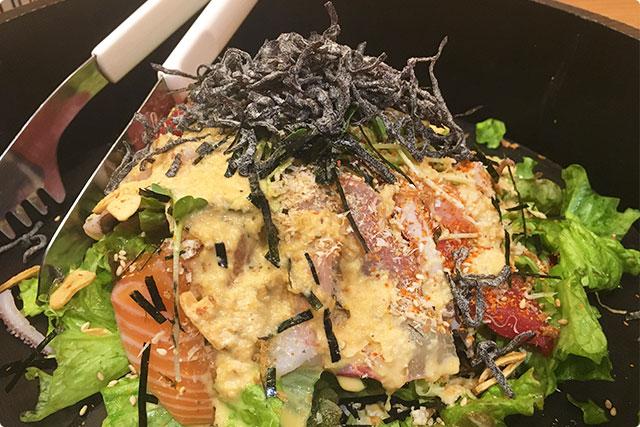 そして出来上がった海鮮サラダ!!!