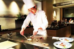 【Teppan yaki GINMEISUI】Such a happy time with Teppan cuisine in Ginza! (Tokyo!!!)
