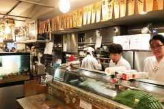 【UOSHIN Nogizaka brunch】Open till morning! Super seafood place in Roppongi!! (Tokyo!!)
